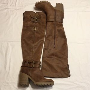 White Mountain over the knee boots